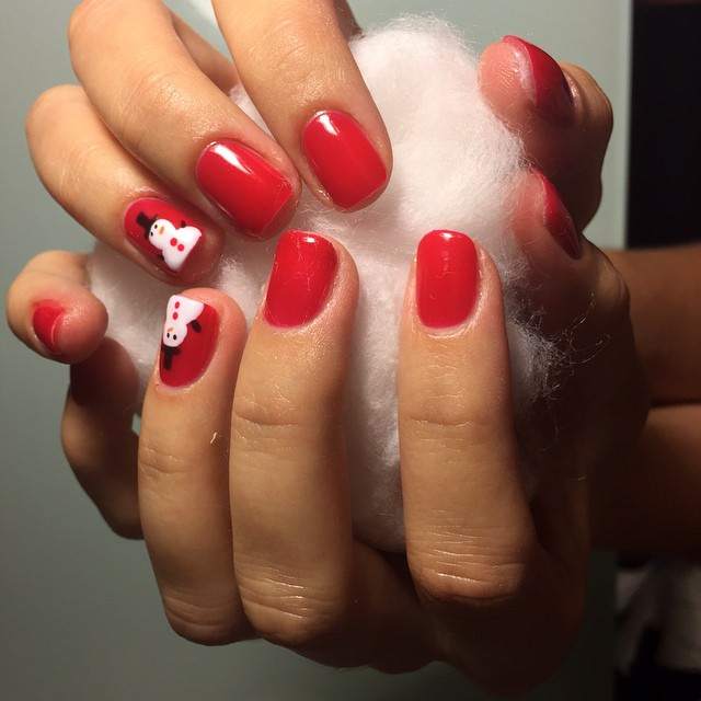 Holiday nails Red Nail Design