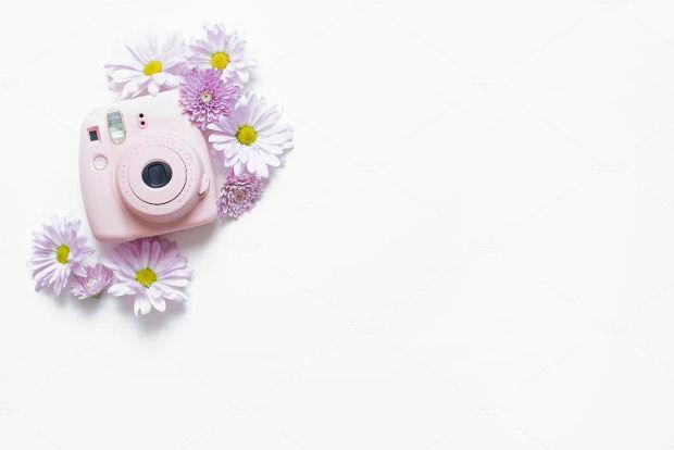 floral camera mockup model2
