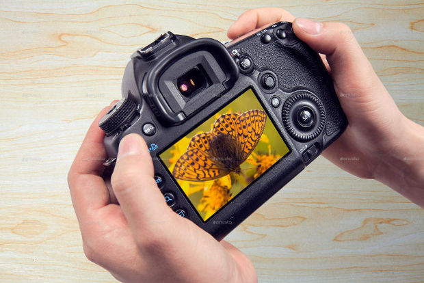 Photorealistic DSLR Camera Mockups