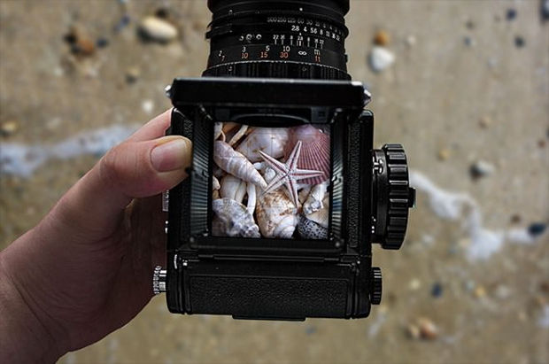 realistic camera mockup 1