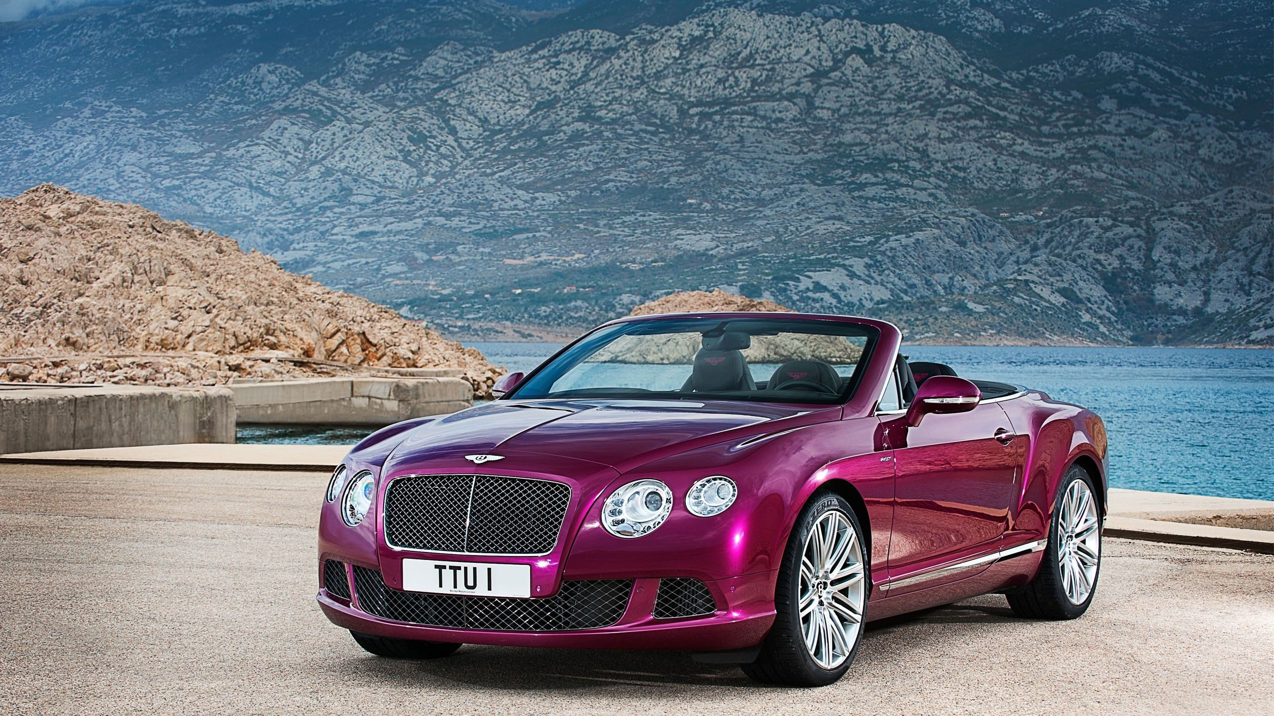 Bentley Car Background