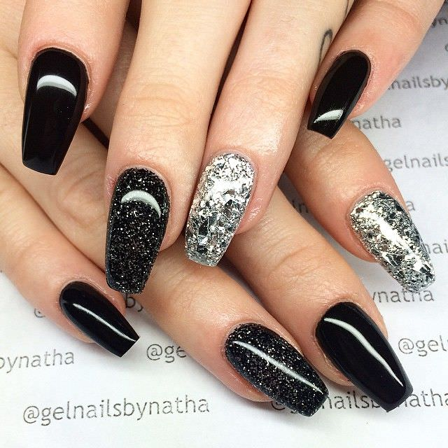 coffin glitter nail design - Christmas Glitter Nail Art Designs. Diamond Glitter Nail Design