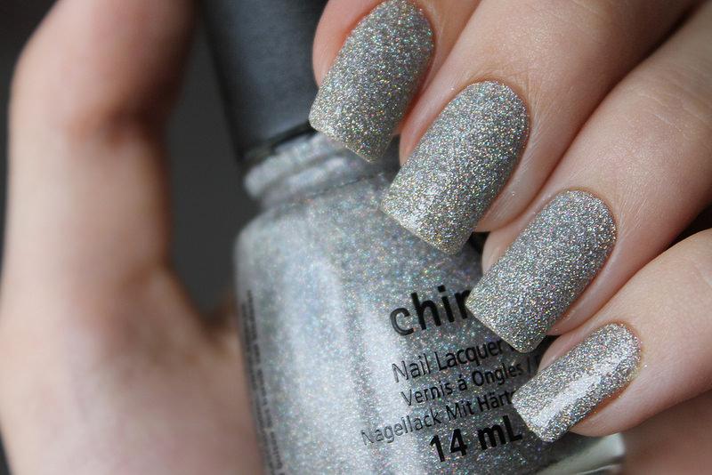 Glaze Glitter Nail Design