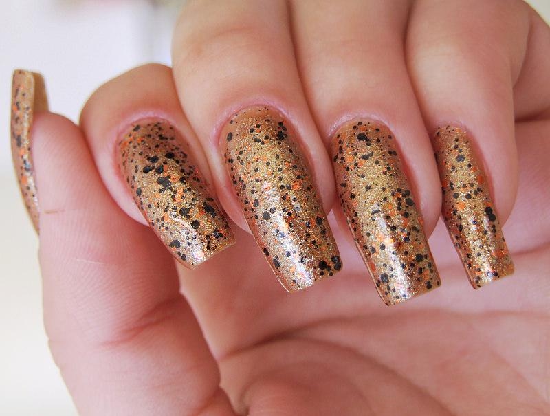 Pop Glitter Nail Design