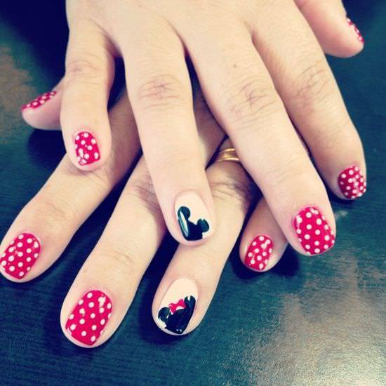 mickey disney nail design