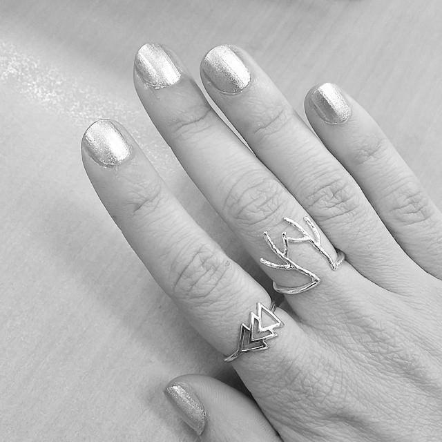 silver nail designs31