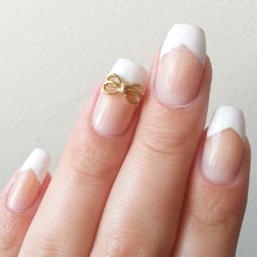 White Bow Nail Design