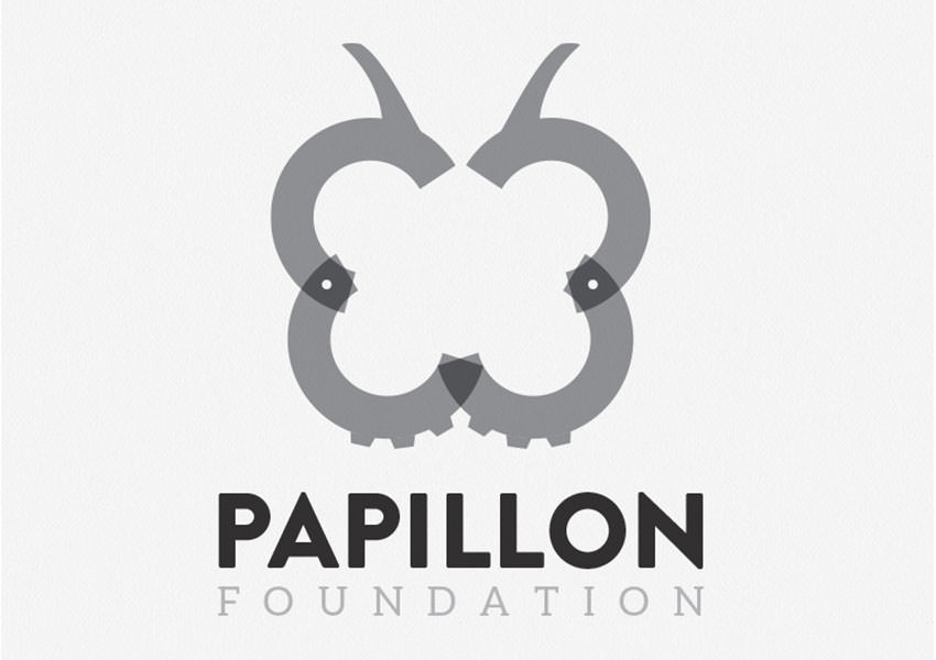 papillon butterfly logo design