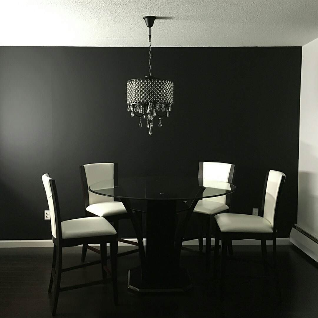 Dining Room Black And White: 15+ Wallpaper Designs For Dining Room