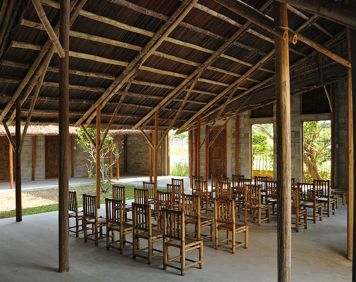 the-cam-thanh-community-house