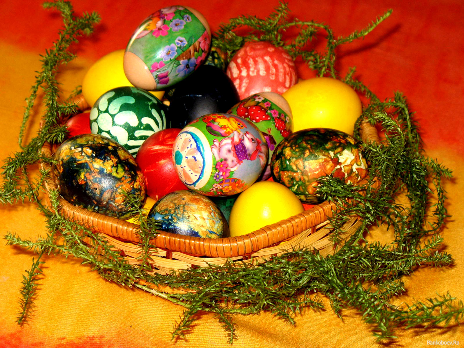 Easter,Background,Designs,Basket,Eggs
