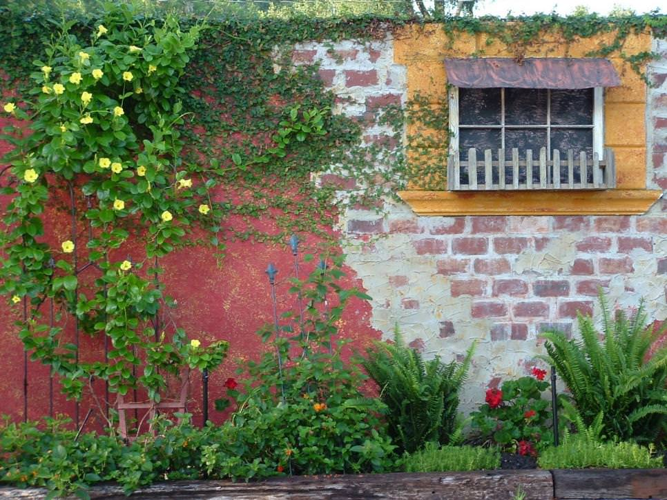 Brick wall garden designs decorating ideas design Garden wall color ideas