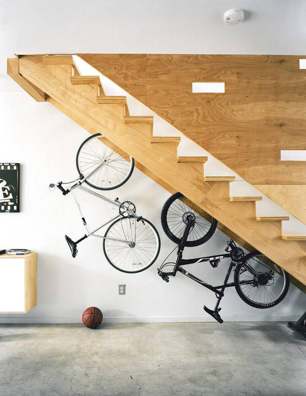 Best Staircase Designs for Small Spaces