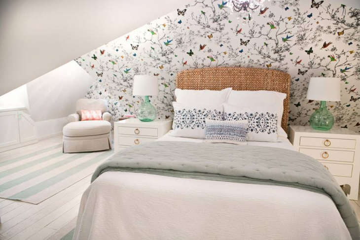 Beautiful Attic Bedroom Wall Design