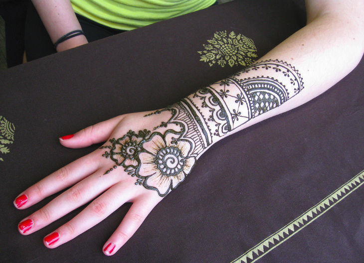 Traditional Henna Design Idea