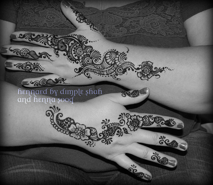 simple cool henna design