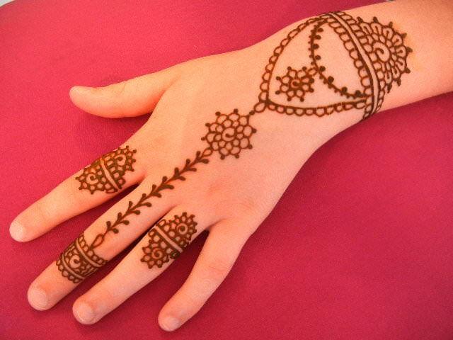 Jewelry Henna Design
