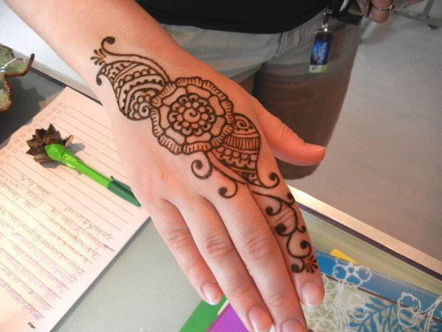 Classic Henna Design