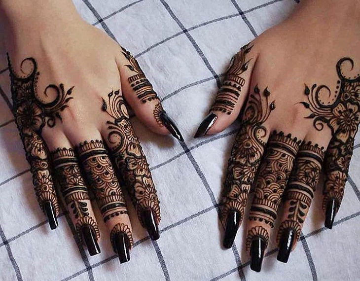 Cute Henna Design for Back Hand Side