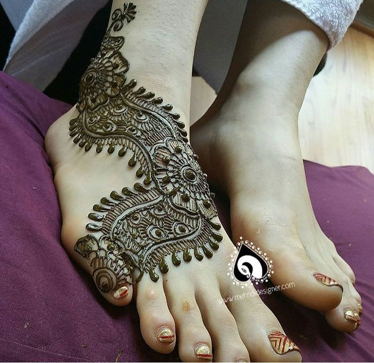 Arabic Mehandi Design For Foot