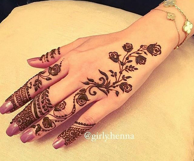 simple henna design for hand back side