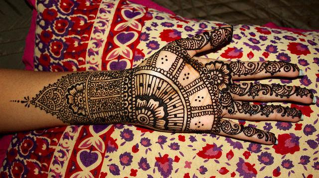 Trendy Henna Design