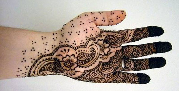 unique arabic henna design