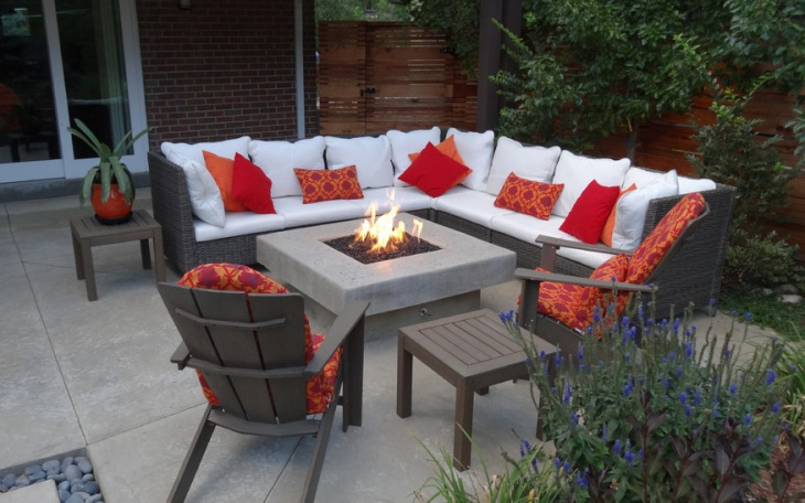 Custom Outdoor Fire Pit with Wicker Furniture