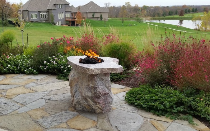Outdoor Granite Fire Pit Idea