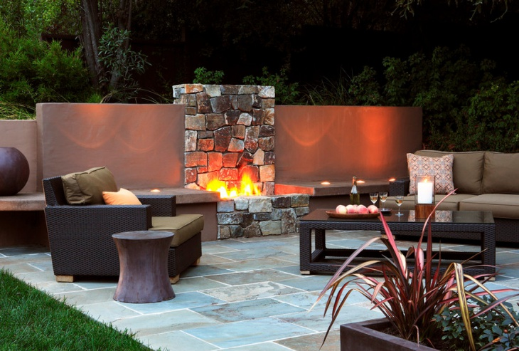 Outdoor Fire Pit Wall Design