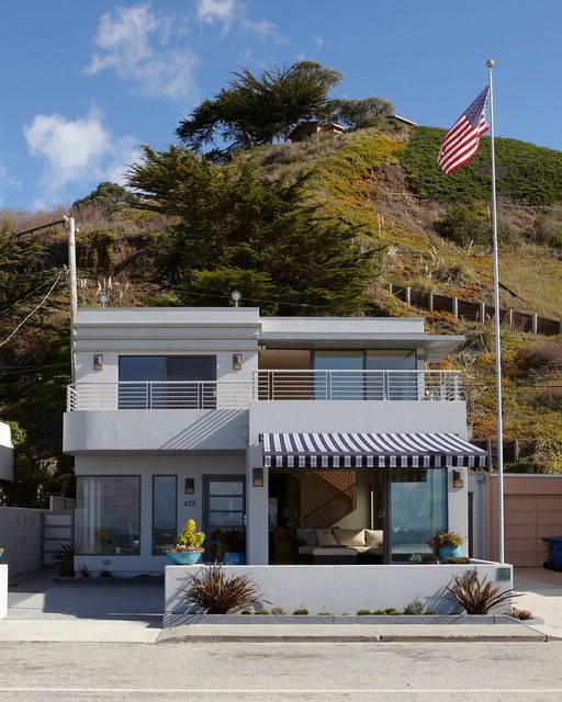 Family Beach House Design