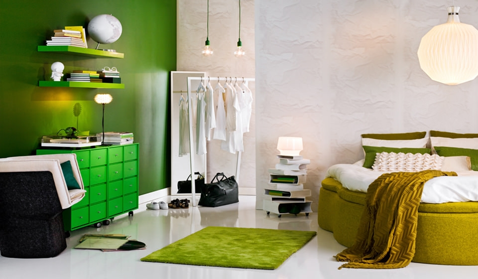 Comfortable Green Room Interior Design