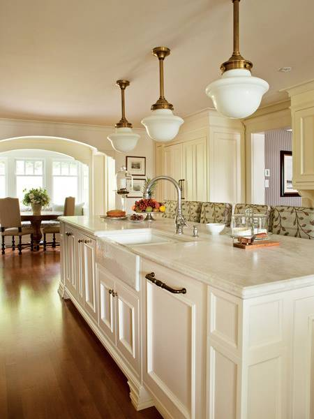 AlysonWood Traditional Kitchen Design