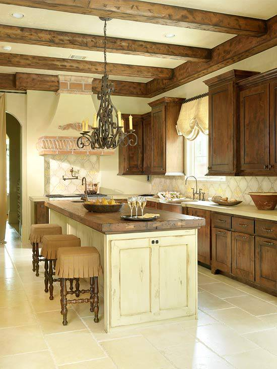 Tuscan Traditional Kitchen Design