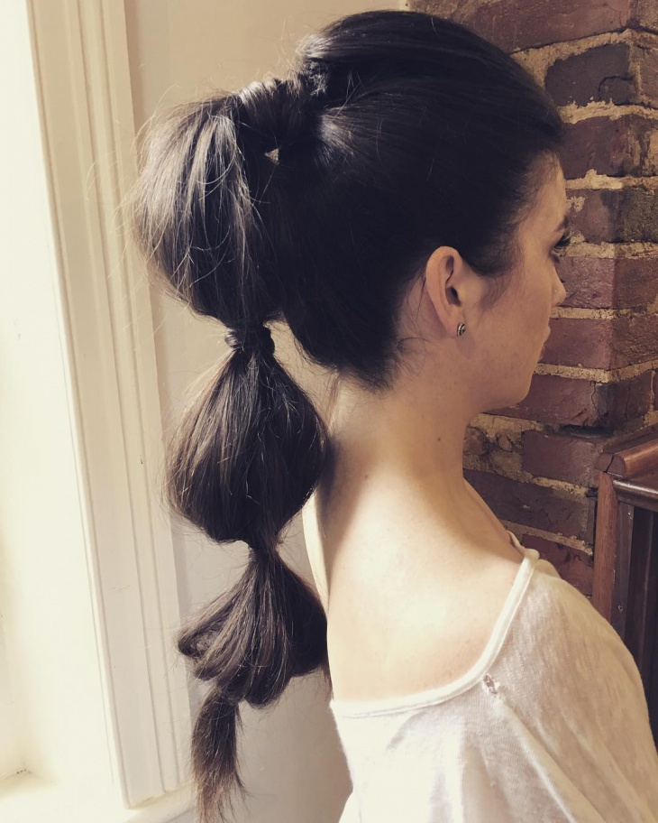 knotted long hairstyle