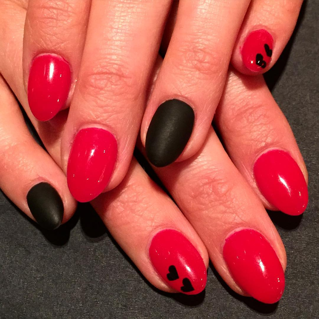 Nail Art Designs For Red And Black: Stylish red and black nail ...
