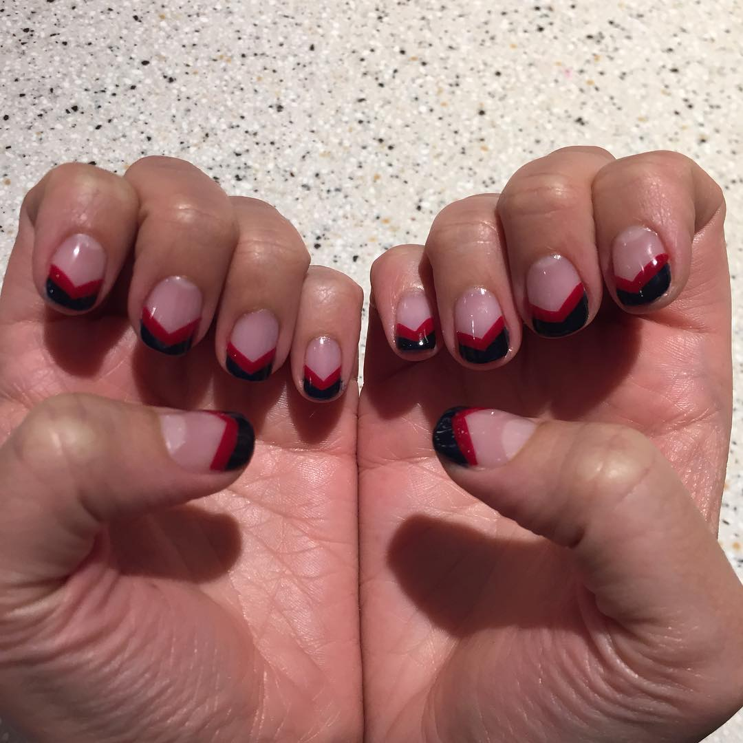 simple design for black and red nail design