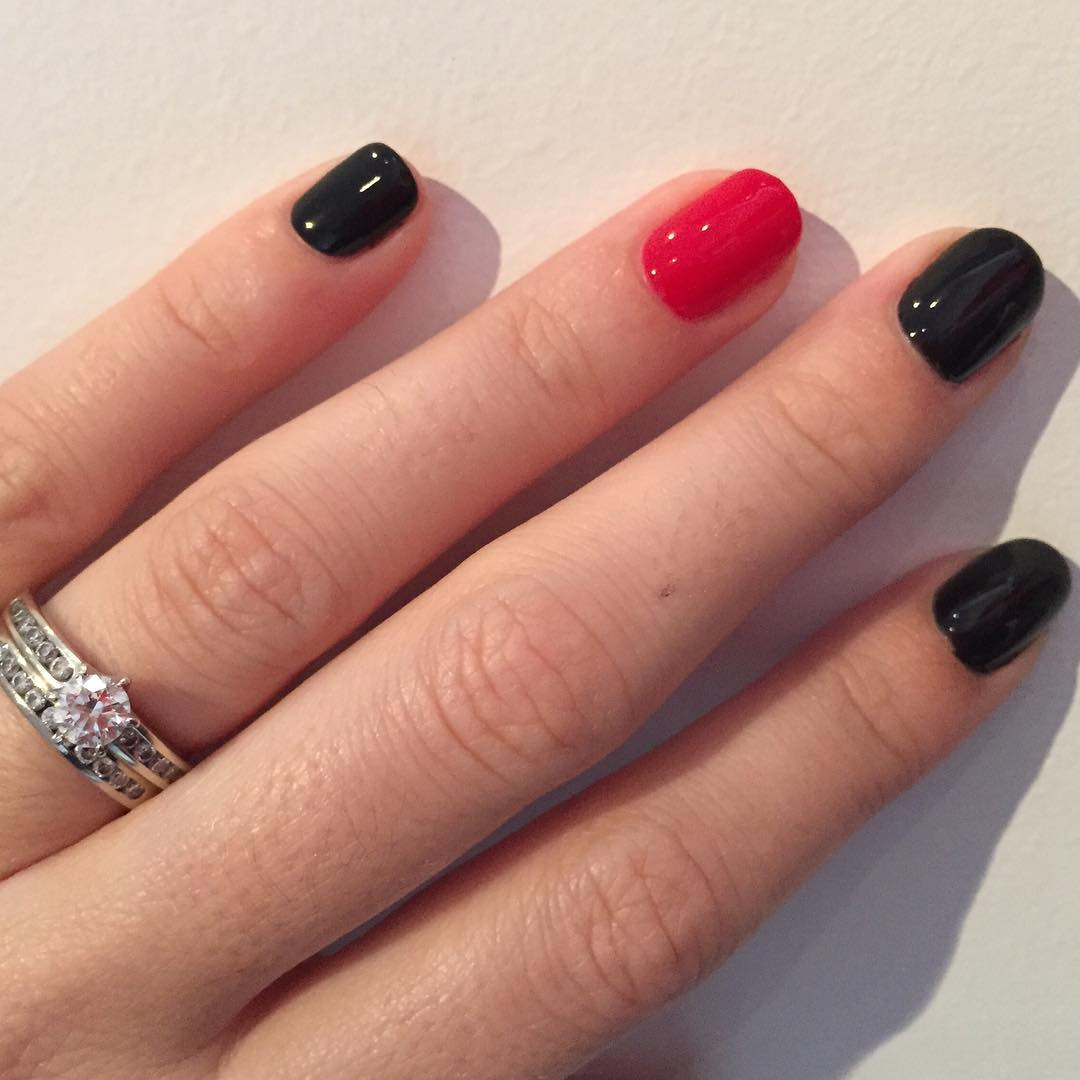 simple red and black nail design