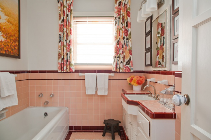 Colorful Mid Century Bathroom