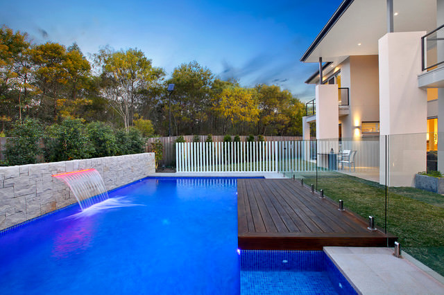 Contemporary Pool Landscape Design