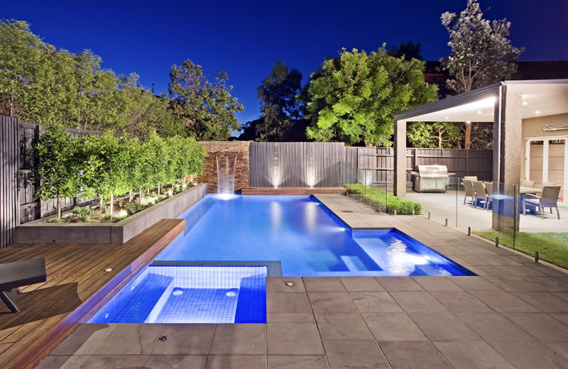 28 pool landscape designs decorating ideas design for Swimming pool landscaping ideas