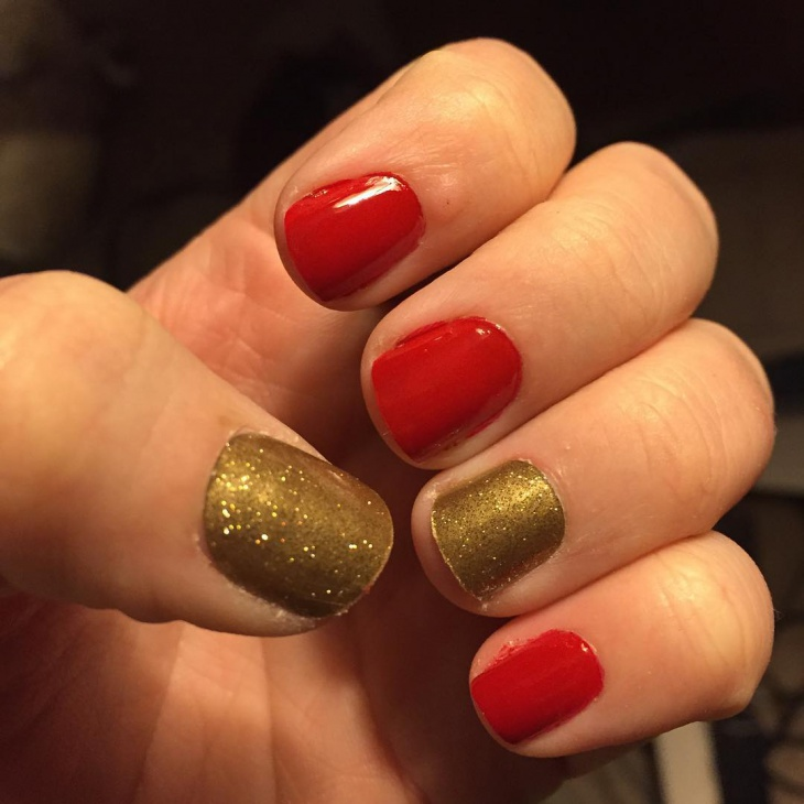 classy red and gold nail art