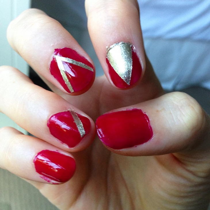 modish red and gold nail design