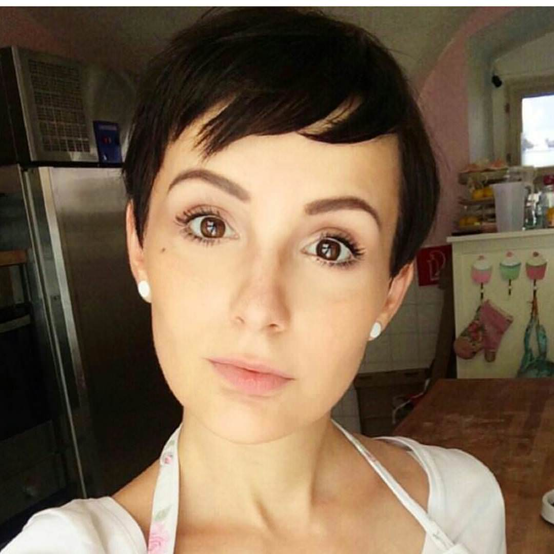 Beautiful Pixie Haircuts for Women