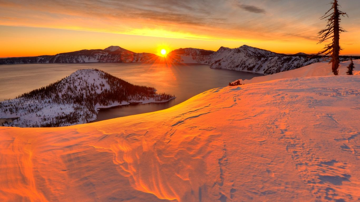 Crater Lake Sunset Background