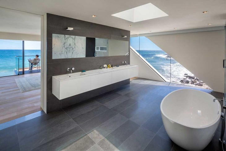 Sea Side Bathroom Design Idea