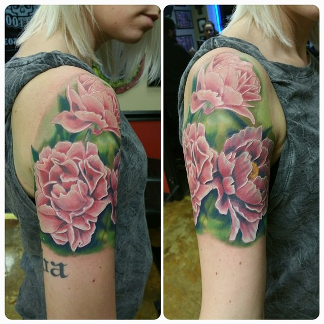 Trendy Look Flower Sleeve Tattoo