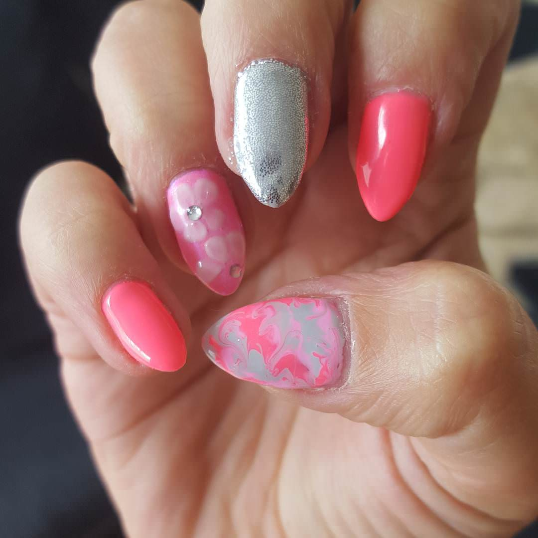 flower pink and silver nail design
