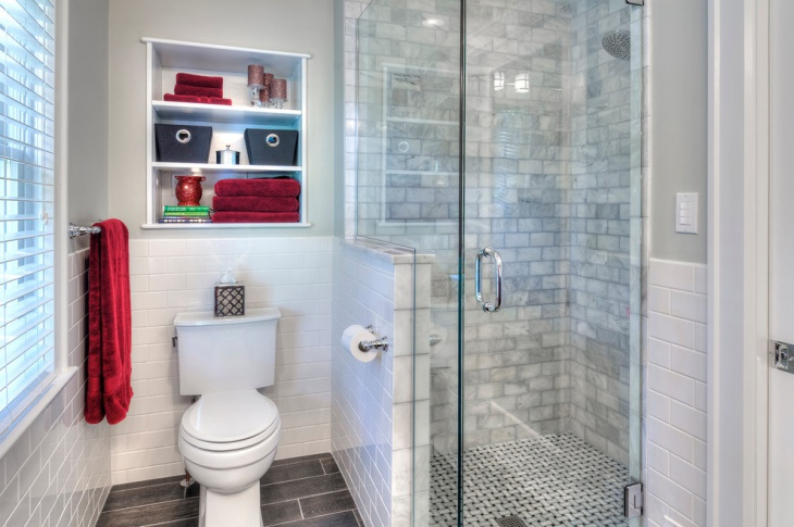 Small Master Bathroom With Shelves