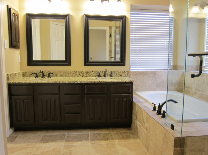 Small Master Bathroom Picture